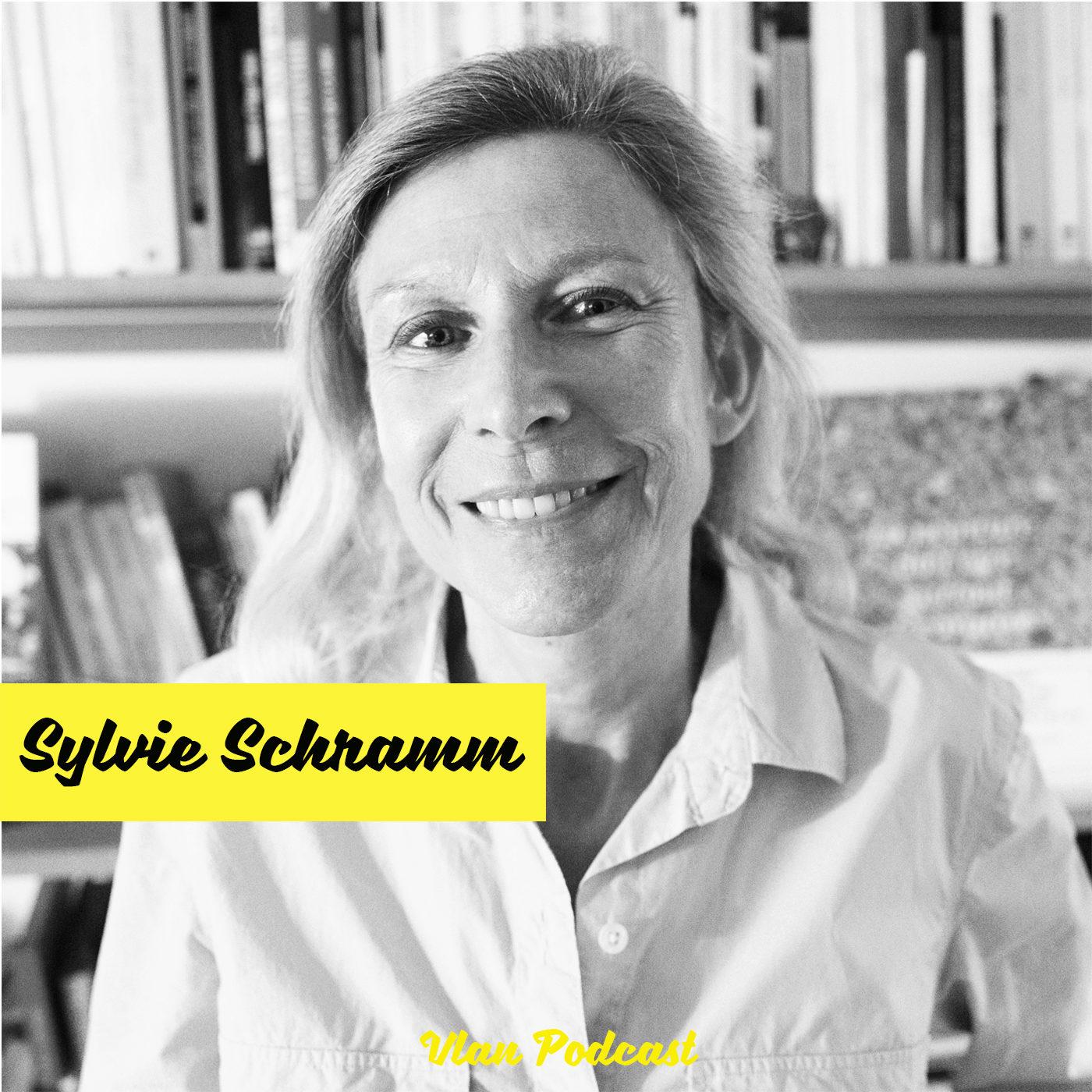 #147 Comment l'astrologie et le mystique se réinstallent dans notre société avec Sylvie Schramm